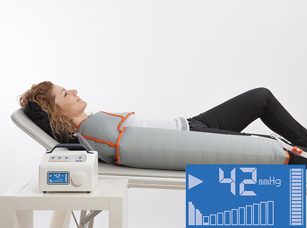 12-chamber line-powered digital compression therapy device