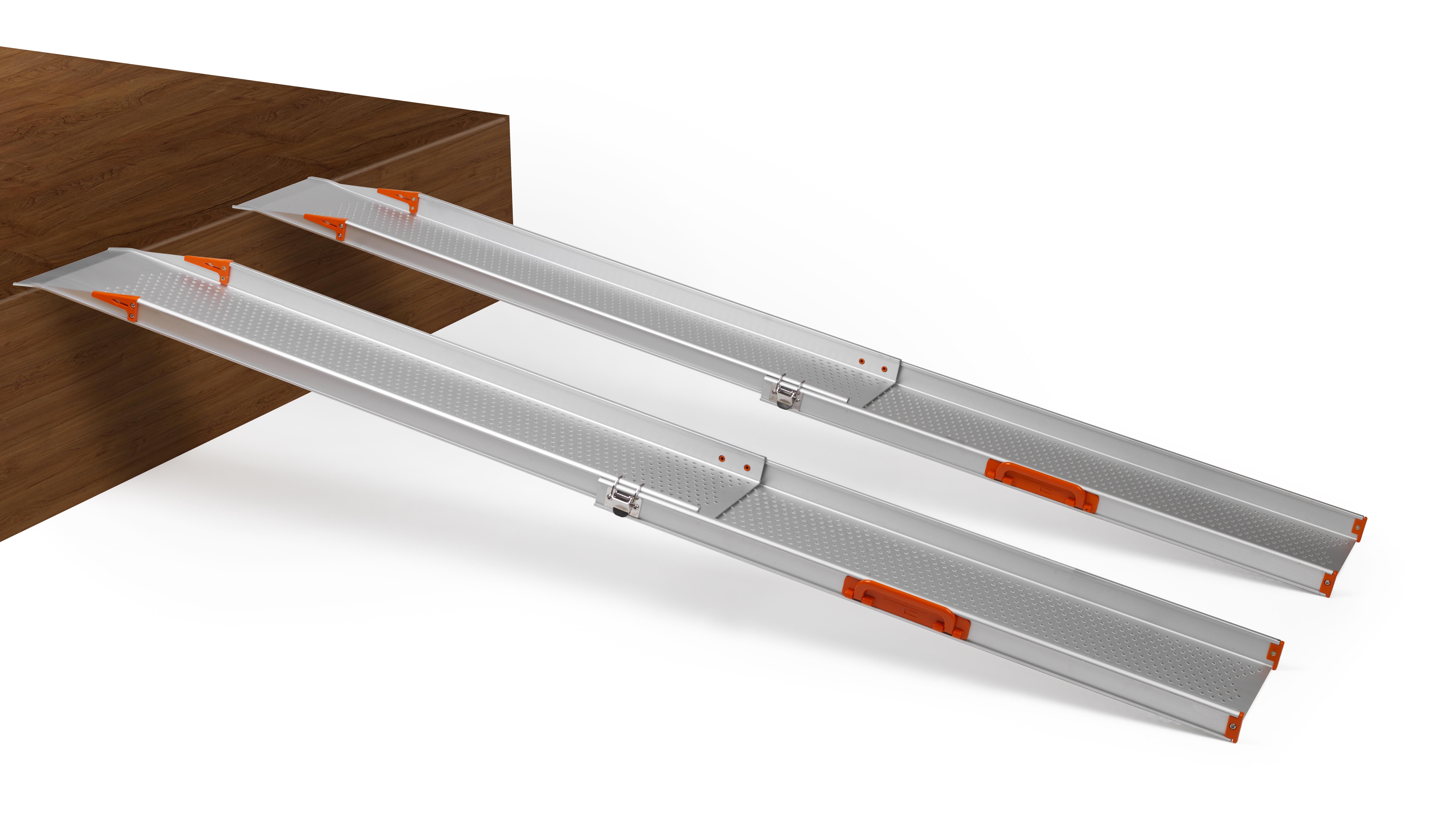 Fabricada en aluminio de alta calidad aportando una gran ligereza a las mismas sin perder robustez.