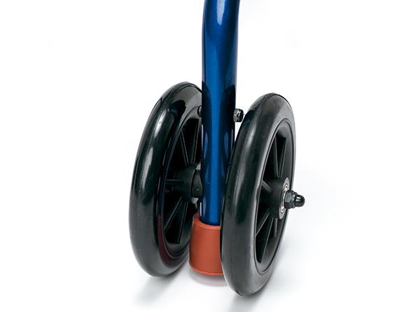 Sistema de freno que activa la contera al presionar la empuñadura. Dispone de dos ruedas traseras para mayor estabilidad