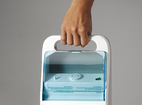 Convenient handle allows for easy portability and mobility