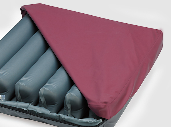 Removable top and base covers for easy cleaning